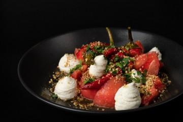 Класическа българска салата
